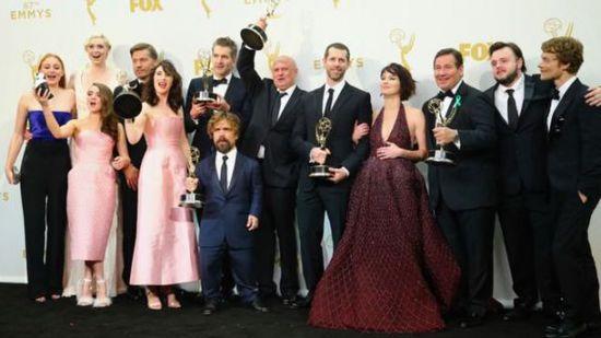 媒体报道:美国电视艾美奖颁奖典礼将在2019年不设立主持人