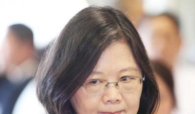 蔡英文让台中民众向林佳龙道歉 遭台湾网友大骂