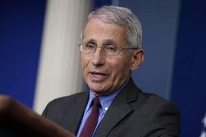 """白宫推动经济重启,美国""""抗疫队长""""福奇消失了?"""
